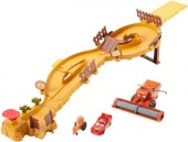 Jucarie Disney Cars Escape From Frank Track Set