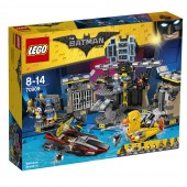 LEGO® BATMAN™ Patrunderea in Batcave