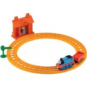 Jucarie Thomas & Friends Collectible Railway Thomas At Maron Station Starter Set
