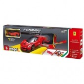 Set de joaca masinuta 1:43 FERRARI RACE AND PLAY JUMP